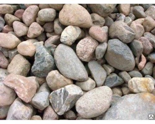 Округлый природный камень для пруда отборный фракция 250-400